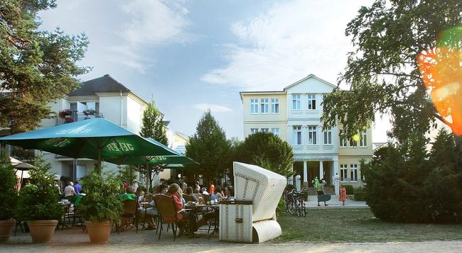 Upstalsboom Hotel Ostseestrand - 塞巴特黑靈斯多夫 - 建築