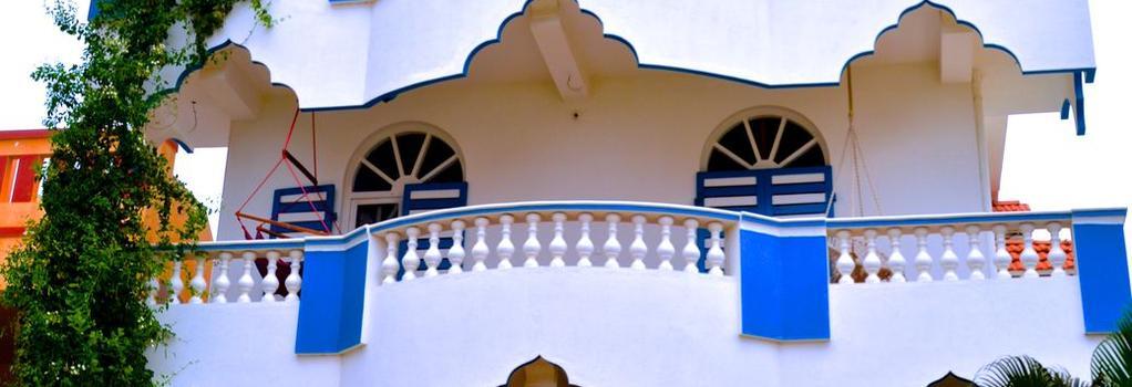 Aadhaar Guest House - 蓬蒂切里 - 建築