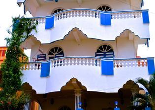 Aadhaar Guest House