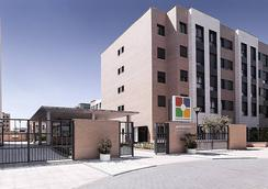 康波斯特拉套房公寓式酒店 - 馬德里 - 建築