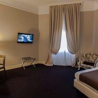 Hotel Villa Torlonia Guestroom