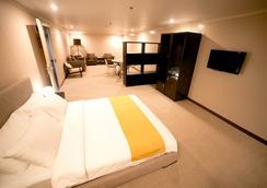 格林遜酒店 - 馬尼拉 - 臥室