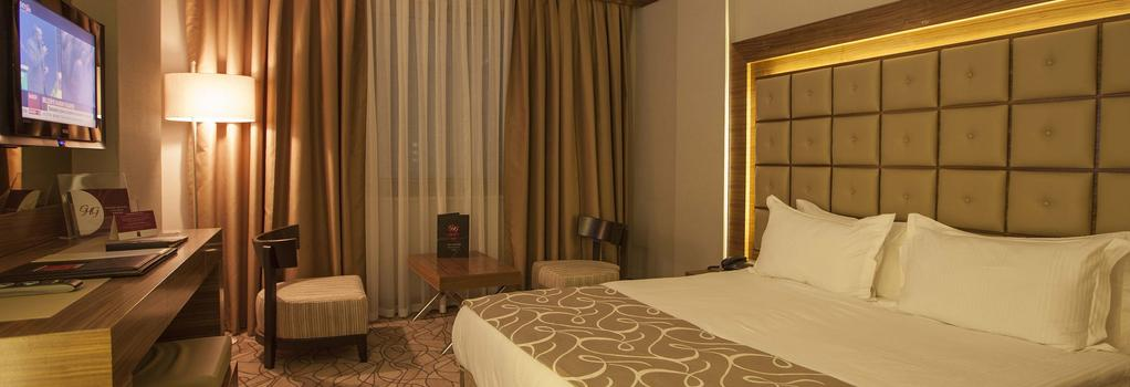 Grand Hotel Gaziantep - 加濟安泰普 - 臥室