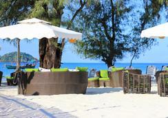 白色精品酒店 - 磅遜 - 海灘