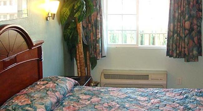Pacific Inn Anaheim - 安納海姆 - 臥室