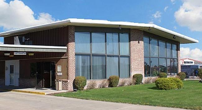 Western Inn South - 科爾尼 - 建築