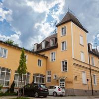 Hotel Laimer Hof Nymphenburg Palace Munich Exterior