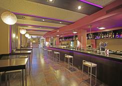 Enara Boutique Hotel - 巴利亞多利德 - 酒吧
