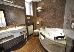 皇后阿斯托利亞設計酒店 - 貝爾格萊德 - 浴室