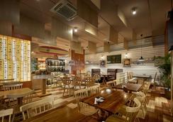 檳城龍城快捷酒店 - 喬治市 - 餐廳