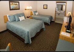 Pacific Inn Motel - Forks - 臥室
