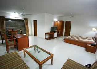 Aapno Ghar Resort