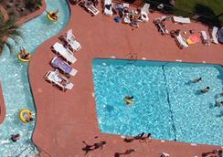 沙塔海滨度假亭酒店 - 默特爾比奇 - 游泳池