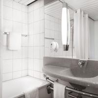 Mercure Hotel Bonn Hardtberg Bathroom Shower