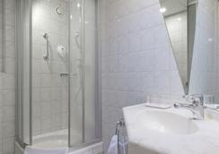 柏林市南戴斯酒店 - 柏林 - 浴室