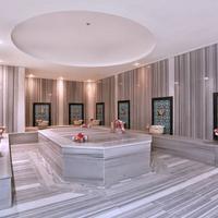 Qua Hotel Indoor Spa Tub