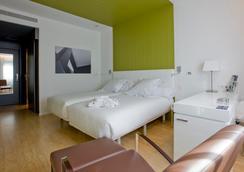 特拉納北西方酒店 - 馬德里 - 臥室