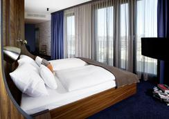 25小時海港新城酒店 - 漢堡 - 臥室
