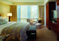 韦斯切斯特丽思卡尔顿酒店 - 懷特普萊恩斯 - 臥室