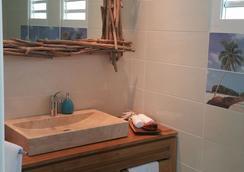王室棕櫚度假屋 - Saint-François - 浴室