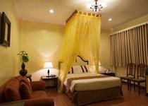 White Knight Hotel Intramuros