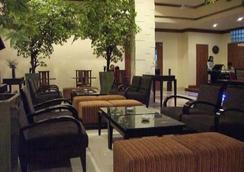 阿芒酒店 - 安汶 - 休閒室