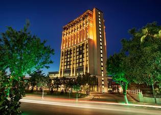 馬拉蒂亞希爾頓逸林酒店