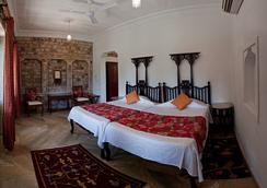 尼姆拉納斯- 迪奧巴格酒店 - 瓜廖爾/格瓦利奧爾 - 臥室