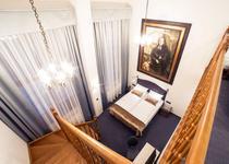 Celestin Residence