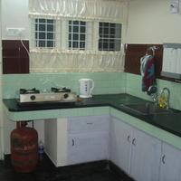 Nathan's Holiday Home kitchen-1b