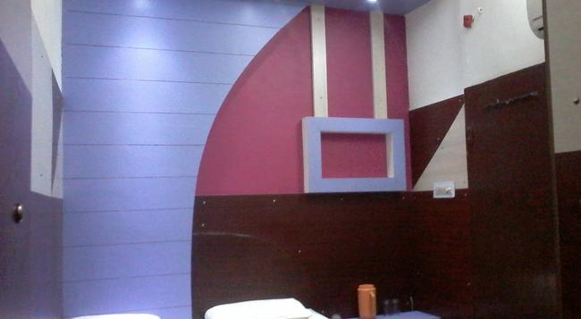 Hotel Abhineet Palace - 齋浦爾 - 臥室