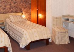 芬尼西亞酒店 - 聖薩爾瓦多德朱 - 臥室