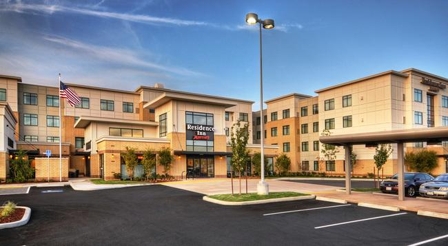 Residence Inn by Marriott Portland Airport at Cascade Station - Portland - 建築