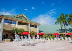 Silver Lake Resort - 基西米 - 游泳池