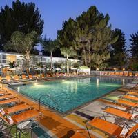 Sportsmen's Lodge Pool
