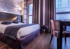 森里斯酒店 - 巴黎 - 臥室