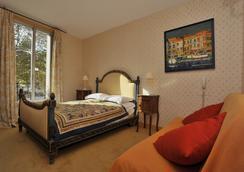 喬治三德酒店 - 庫爾布瓦 - 臥室
