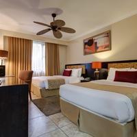 KC Hotel San José Guestroom