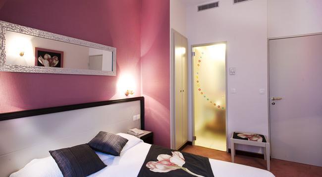 Hotel Le Relais du Marais - 巴黎 - 臥室