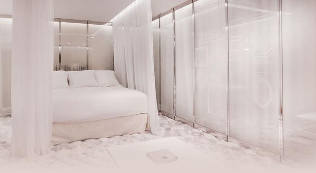 Seven Hotel Paris - 巴黎 - 臥室