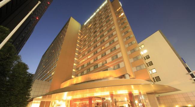 Hotel Sunroute Plaza Shinjuku - 東京 - 建築