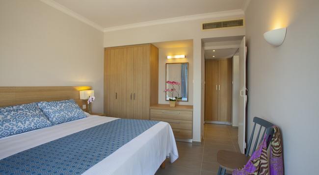 St. Elias Resort - 帕拉利米尼 - 臥室