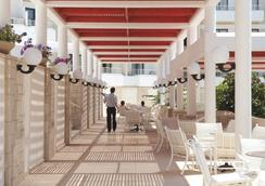 Louis Phaethon Beach - 帕福斯 - 餐廳