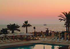 路易斯萊德拉海灘酒店 - 帕福斯 - 室外景