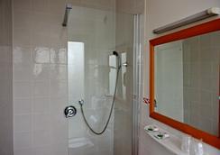 佳若杜瑙德里士滿酒店 - 巴黎 - 浴室
