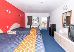 洛杉磯海石酒店 - 洛杉磯 - 臥室