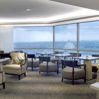 JW Marriott Hotel Surabaya Bar/Lounge