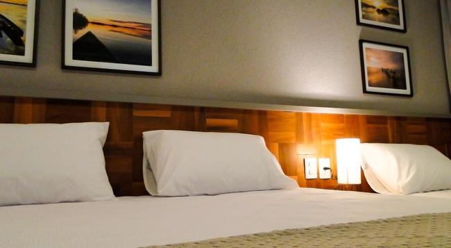 Amenit Hotel - 馬塞約 - 臥室