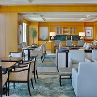The Ritz-Carlton Dubai International Financial Centre Executive Lounge
