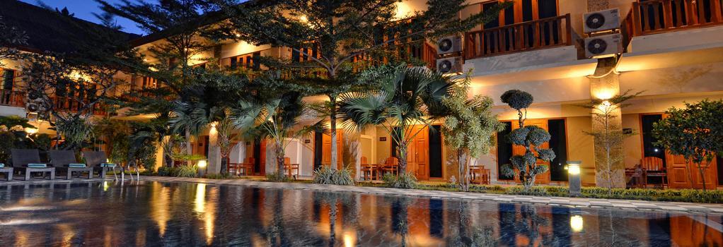 Taman Rosani Hotel - 庫塔 - 建築